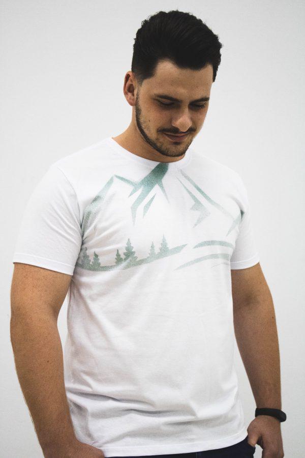 camiseta montanha branca zatom
