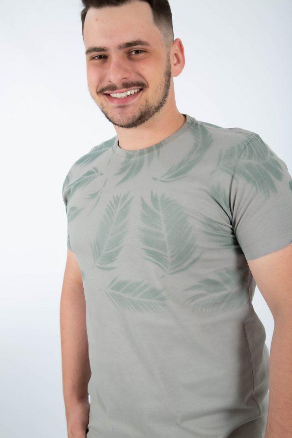 camiseta plumas cinza zatom